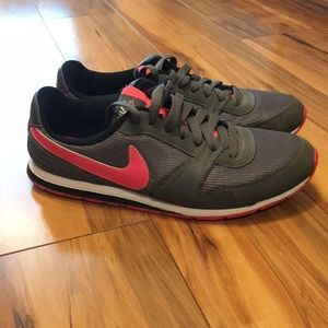 Nike Eclipse 2